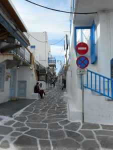 The Small, Winding Lanes of Mykonos